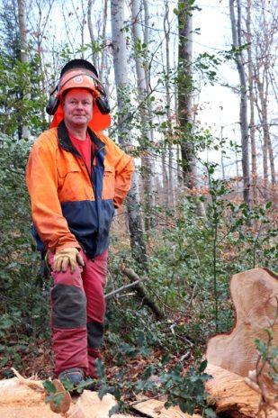 Tempête silencieuse dans les forêts du Grand Est | le bimsa https://lebimsa.msa.fr/?p=18975 Les forêts du Grand Est ont connu une fin d'année 2019 noire avec un nombre d'accidents mortels en forte hausse. En cause, des arbres fragilisés par le réchauffement climatique et des chutes de branches à répétition. Patrick Bangert, bûcheron à la retraite et élu de la MSA Alsace, tire la sonnette d'alarme.