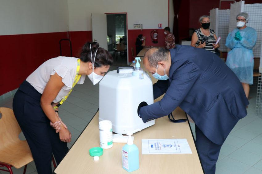 Vendanges Des tests PCR pour les saisonniers Aux côtés de l'autorité régionale de santé (ARS) des Hauts-de-France, les équipes de la MSA de Picardie multiplient les opérations de dépistage du Covid-19. Gratuits et ouverts à tous, ces tests ciblent les lieux de regroupement de travailleurs saisonniers. Exemple à la fin du mois d'août dans le Sud de l'Aisne où l'arrivée des vendangeurs de France et d'Europe représente un risque accru de dissémination du virus.
