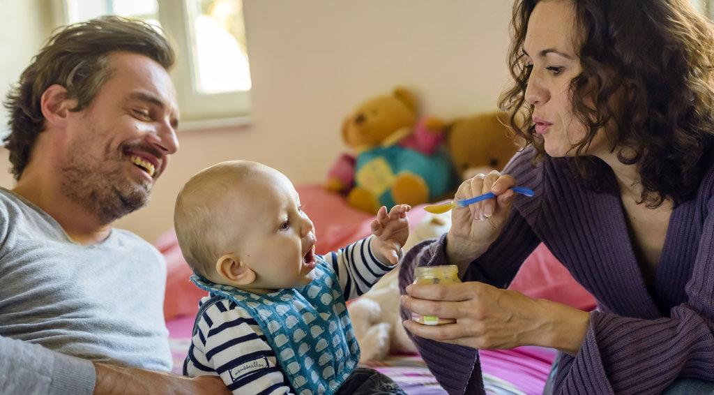 La MSA de XXX propose aux parents d'enfants de moins de deux ans les P'tits Ateliers Nutritifs animés par des diététiciennes. Ces rendez-vous en ligne et en direct permettent d'obtenir des réponses concrètes et des conseils pratiques sur l'équilibre alimentaire des enfants, les différentes étapes de la diversification ou les achats alimentaires à privilégier.