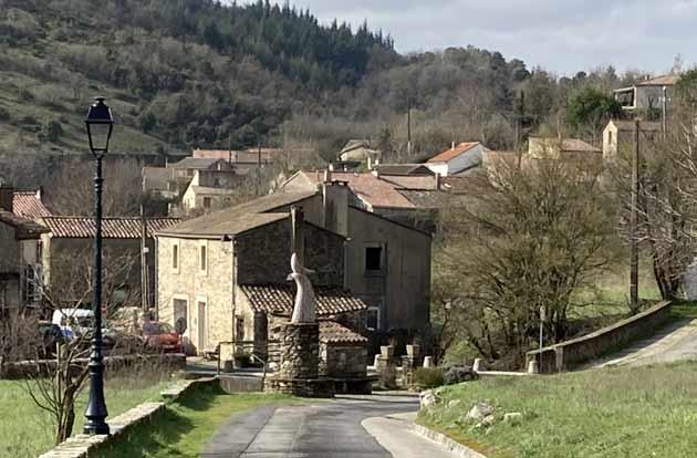 Vue de la commune de Rieussec (Hérault)