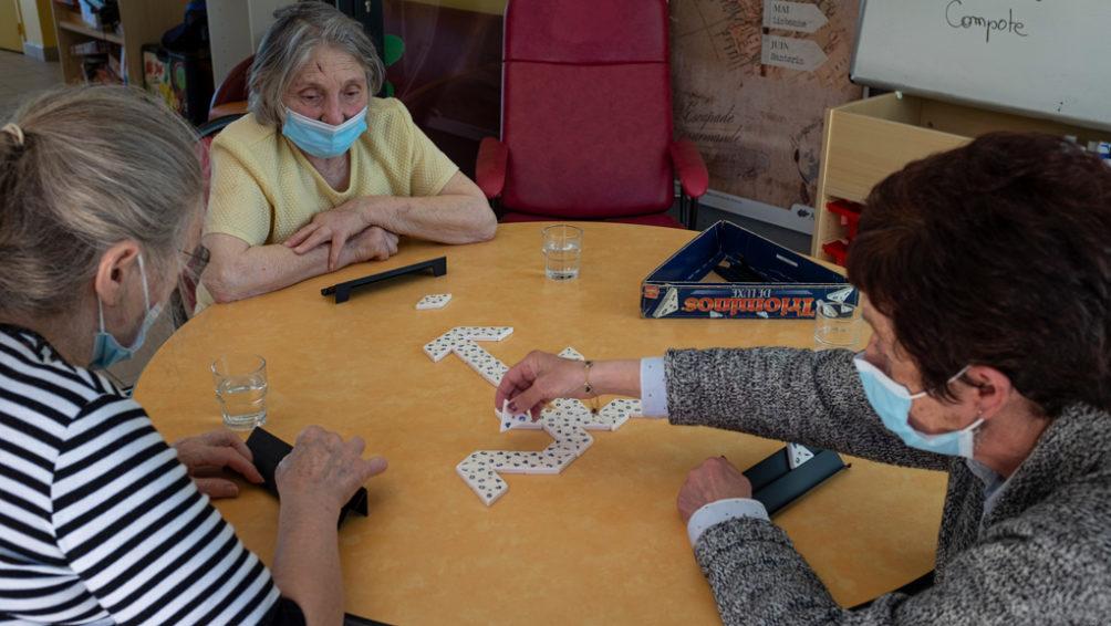 seniors-triominos-accueil-de-jour